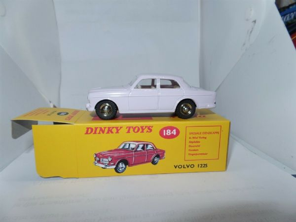 Atlas French Dinky 184 VOLVO 122S GREY PINK SALOON CAR